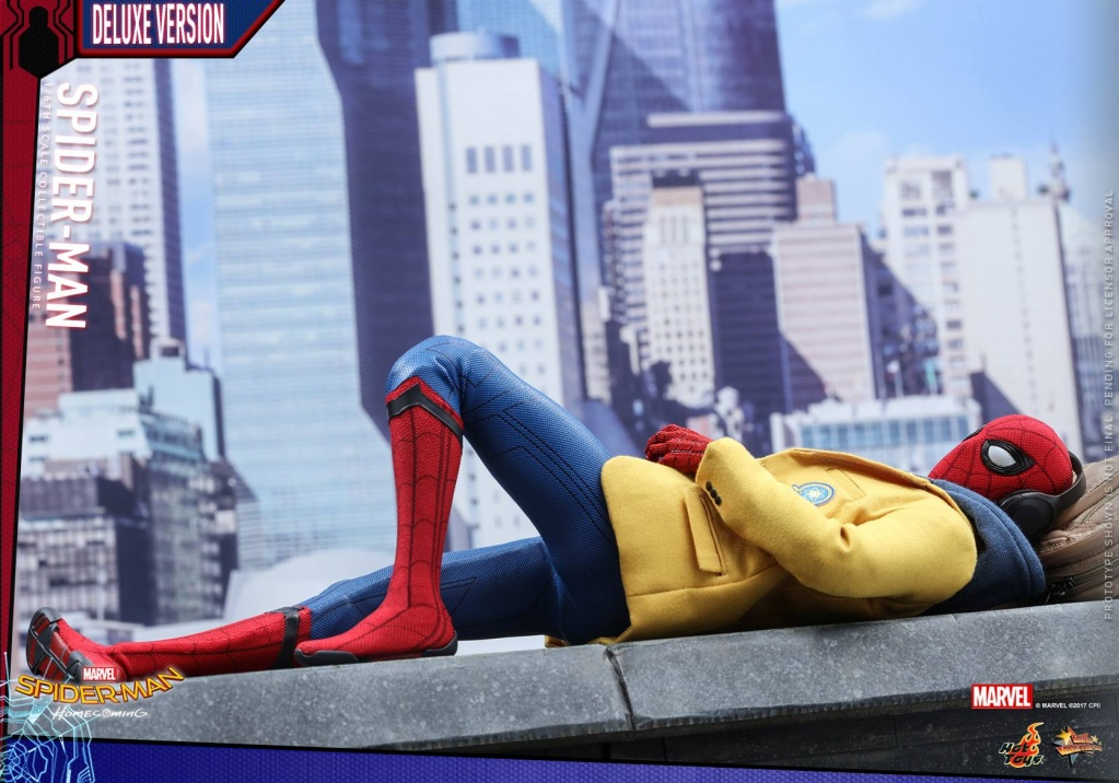 Hot-Toys-Spider-Man-Homecoming-Deluxe-Figure-001.jpg