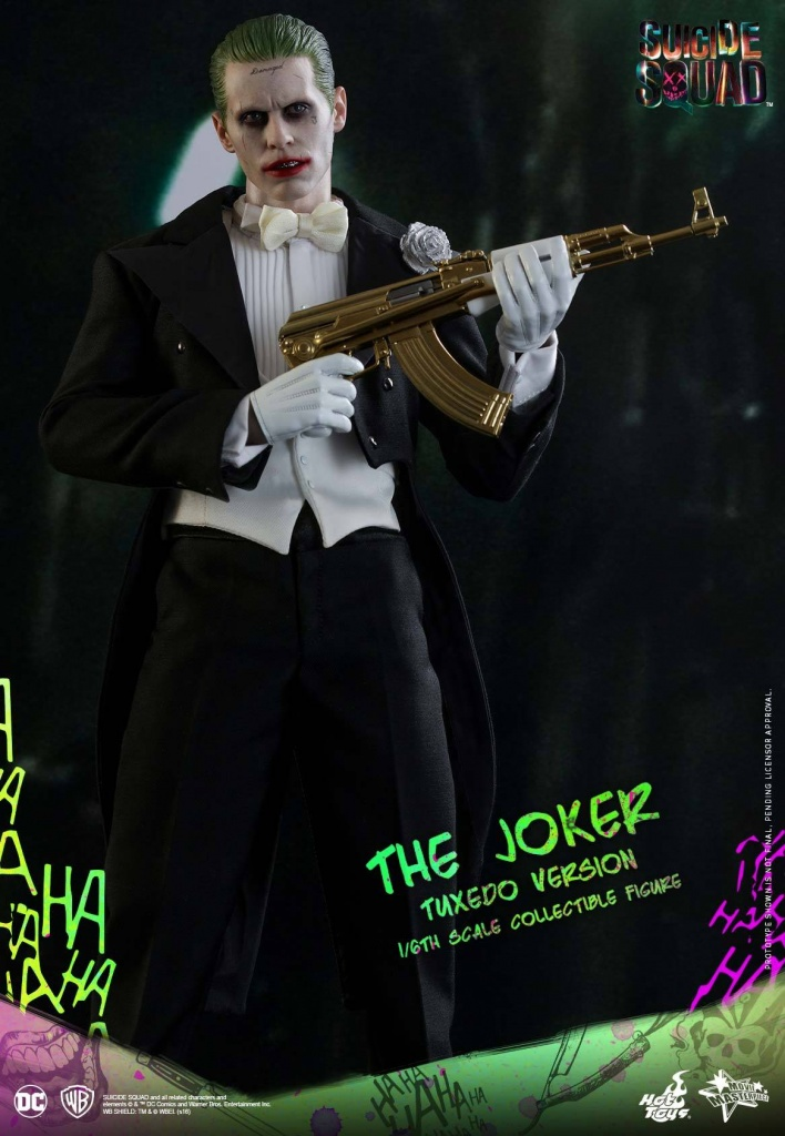 Suicide-Squad-The-Joker-Tuxedo-Version-013.jpg