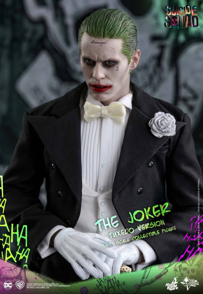 Suicide-Squad-The-Joker-Tuxedo-Version-004.jpg