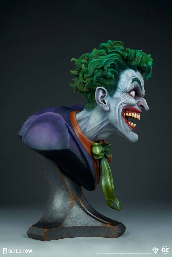 Бюст Джокер — Sideshow DC Comics Bust The Joker (6).jpg