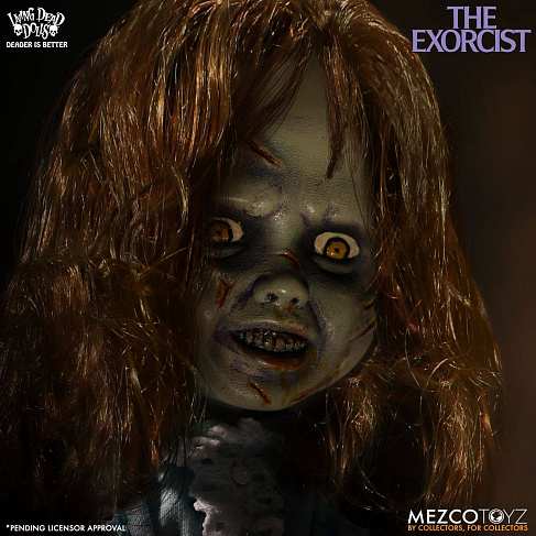 Фигурка Риган — Mezco The Exorcist Living Dead Dolls Regan