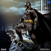 Фигурка Бэтмена — Mezco DC Comics 1/12 Batman Sovereign Knight