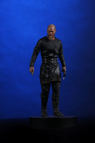 Фигурка Рагнара — Vikings Statue 1/9 King Ragnar