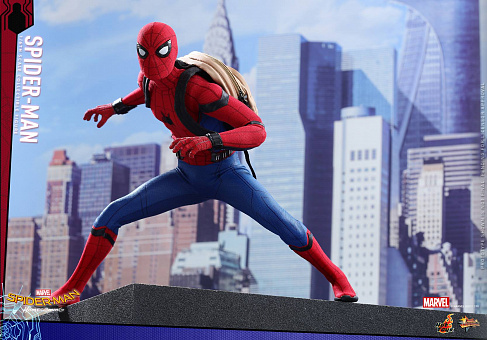 Фигурка Спайдермена — Hot Toys Homecoming 1/6 Spider-Man